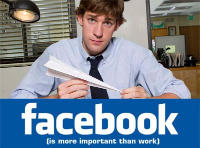 Facebook in ufficio: 5 dipendenti indagati a Forlì