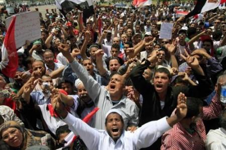 Per Internet bloccato in Egitto si chiedono $30 milioni a Mubarak