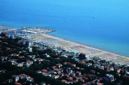 Internet Wi-Fi gratis a Cervia e Milano Marittima: le spiagge connesse!