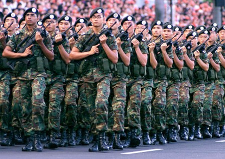 Un ingente stock di iPad 2 ordinato dall'esercito di Singapore