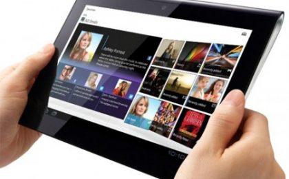 Sony Tablet S semplifica il nome e si prepara al debutto