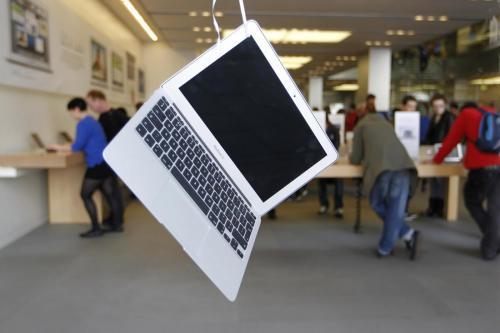 Garanzia Apple solo di un anno? La denuncia trentina scatena il caso