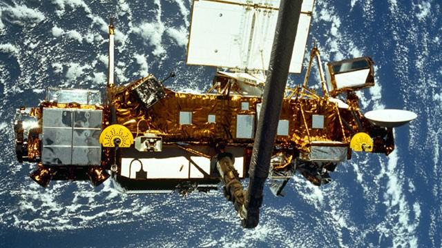 Il satellite UARS cadrà sul Nord Italia, seguilo in tempo reale!