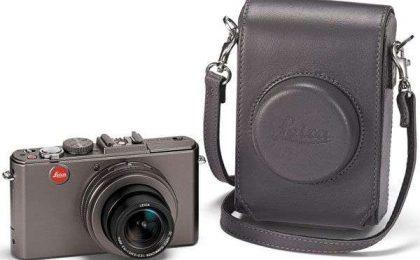 La nuova fotocamera Leica D-Lux 5 Titanium esclusivissima