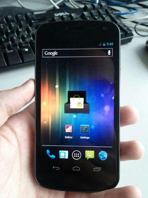 Google e Samsung rimandano Nexus Prime per rispetto di Steve Jobs