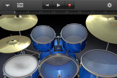 GarageBand sbarca anche su iPhone e iPod Touch