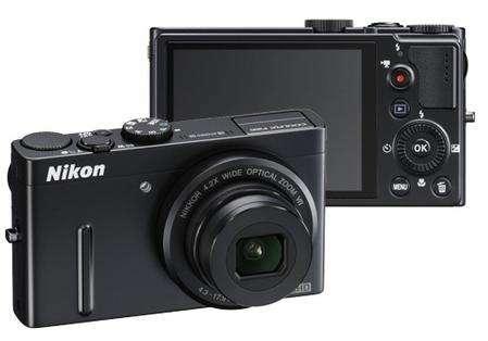 Idee regali Natale: Nikon Coolpix P300 a prezzo speciale