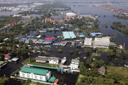 I prezzi degli hard disk da vertigini per via delle alluvioni thailandesi