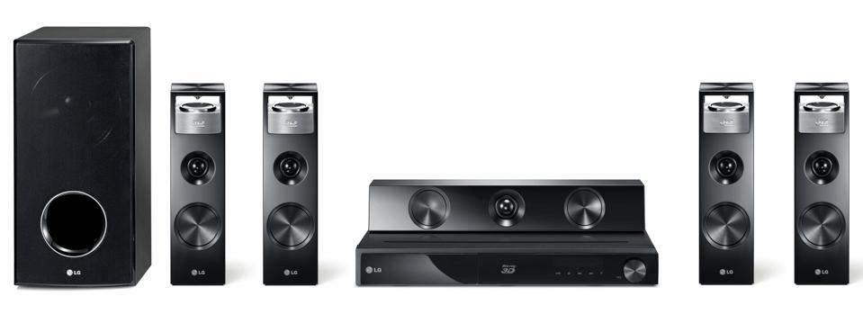 Regali tecnologici: l'home theatre LG HX906SX per il cinema 3D