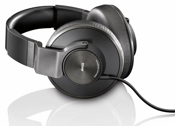 AKG K550: le cuffie ideali per musica, film e giochi