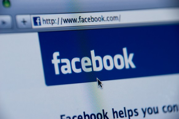 Classifica siti più visitati nel 2011: Facebook vince a mani basse