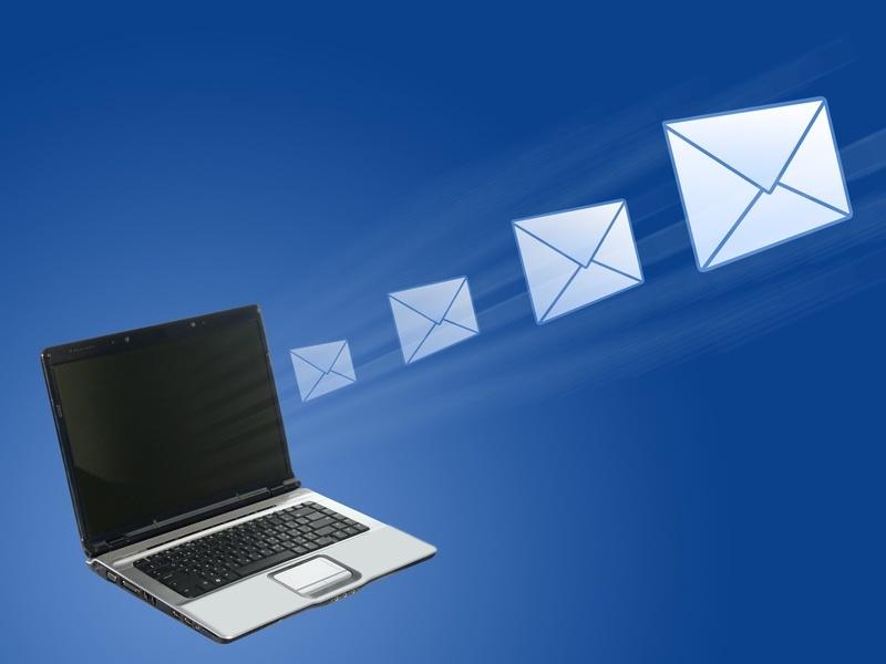 700 milioni di email ogni giorno in Italia, nonostante Facebook