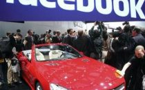 Facebook sale sulle Mercedes con unapp anti incidente