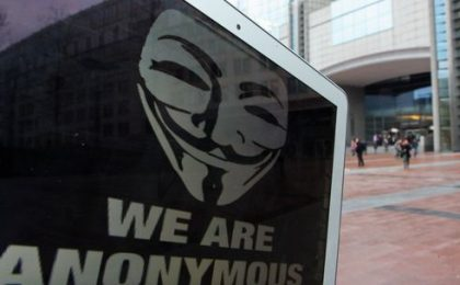 Dopo l'FBI, Anonymous torna alla carica e attacca la CIA