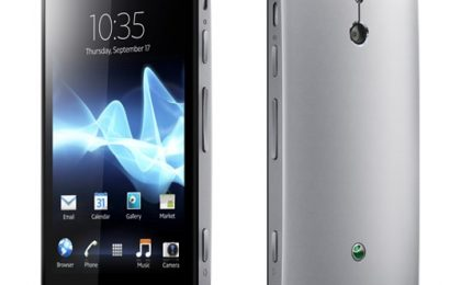Sony Xperia P forgiato nell'alluminio, in anteprima [FOTO]