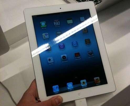 Nuovo iPad in Italia, file senza tutto esaurito [FOTO ANTEPRIMA]