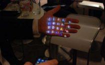 Samsung Galaxy Beam: lo smartphone col proiettore non convince [FOTO]