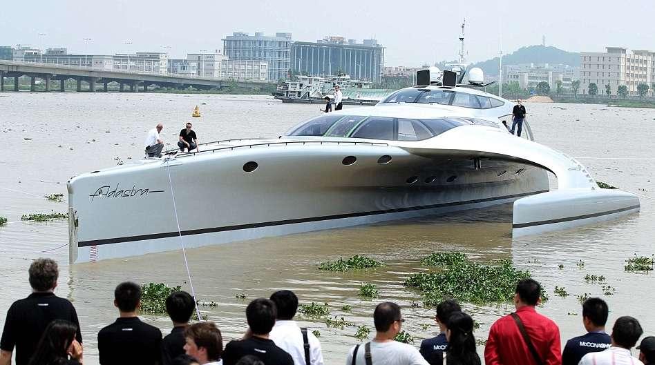 iPad radiocomanda il superyacht cinese