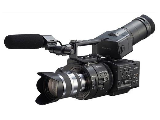 Sony NEX-FS700, videocamera per slow motion in ultra definizione [FOTO]