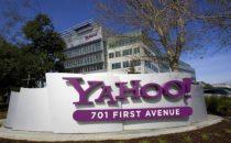 Yahoo: duemila licenziamenti per sopravvivere