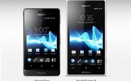 Sony Xperia Go e Acro S, gli Android che non temono l'acqua [VIDEO]
