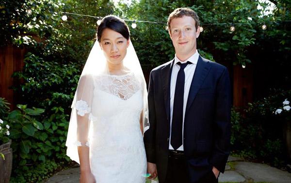 Mark Zuckerberg sposo, il web scommette sul nome del futuro figlio