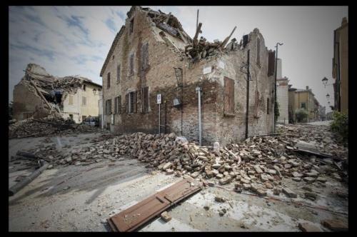 Cosa fare durante e dopo il terremoto: consigli tecnologici