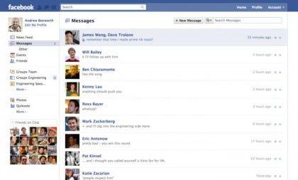 Email Facebook al posto di quella personale sul profilo, scatta la protesta