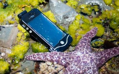 Custodia subacquea iPhone Scuba Suit, ideale per l'estate [FOTO]