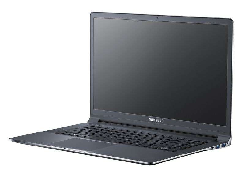 Samsung Serie 9, sottilissimo notebook che si accende in 9.8 secondi [FOTO e VIDEO]