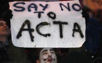 Trattato Acta bocciato sonoramente dal Parlamento europeo, il Web esulta