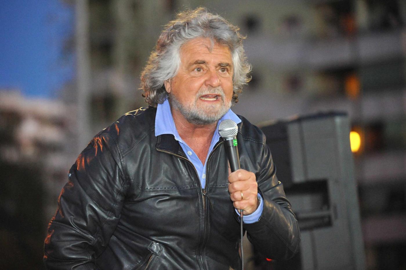 Beppe Grillo su Twitter: metà dei followers sono Bot? Non è detto