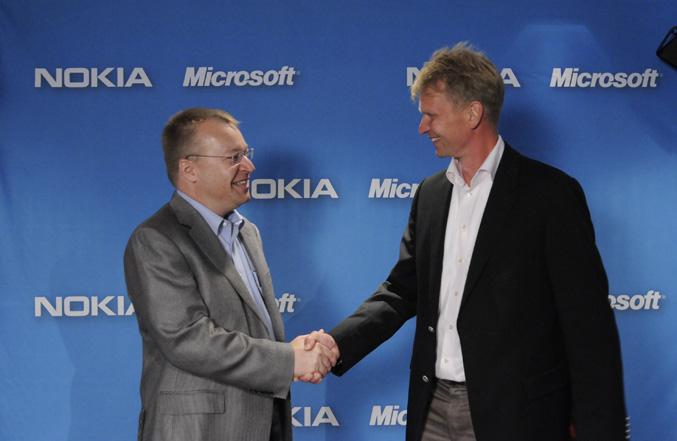 Microsoft e Nokia: estate in profondo rosso, ma c'è speranza