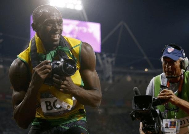 """Usain Bolt: Nikon """"rubata"""" alle Olimpiadi (di nuovo) all'asta su eBay"""