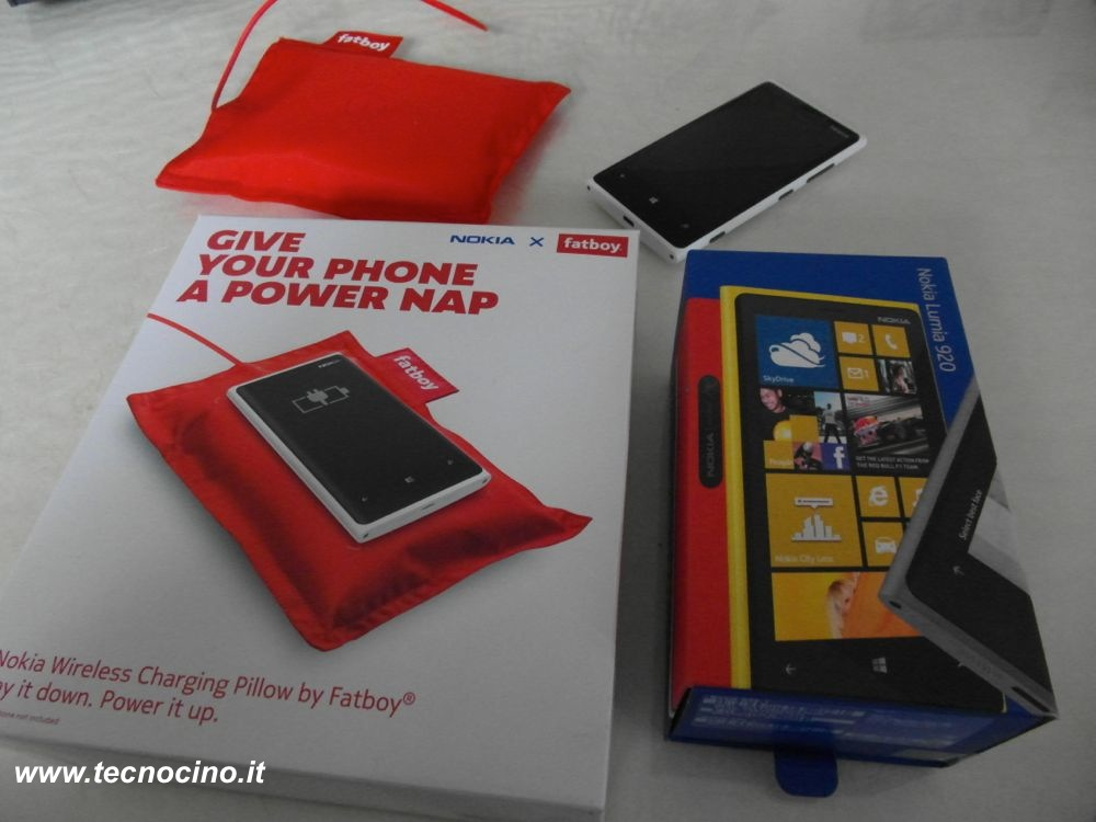 Nokia Lumia 920 confezioni