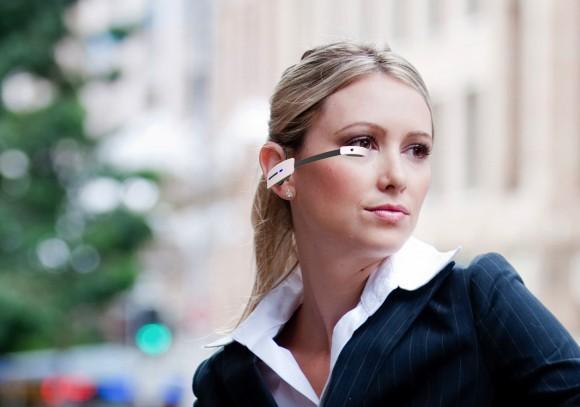 Occhiali hitech Vuzik M100: degni rivali dei Google Glass [FOTO]