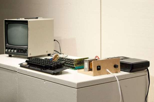 Apple 1: storico computer del '76 venduto all'asta [FOTO]