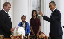 Facebook: Obama e il macabro sondaggio sul tacchino da graziare