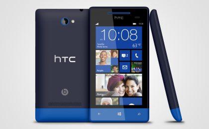 HTC 8S: smartphone WP8 più economico per Natale 2012 [FOTO]