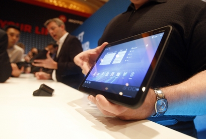 motorola xoom android tablet 3