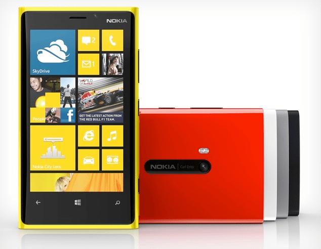 Nokia Lumia 920: prezzo di 599€ per il top WP8 a Natale 2012 [FOTO]