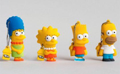 Natale 2012: chiavette USB dei Simpson [FOTO]