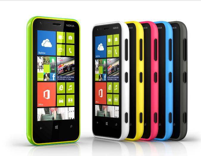 Nokia Lumia 620: prezzo low cost per il dual core WP8 [FOTO]