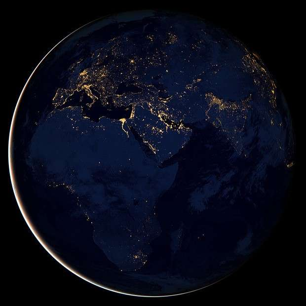 La Terra intera fotografata di notte, Black Marble [FOTO]