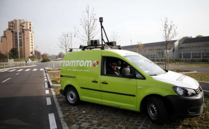 TomTom: come nascono le mappe satellitari [FOTO]