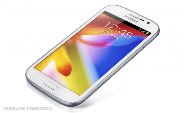 Samsung Galaxy Grand Duos: un Note 2 a minor prezzo [FOTO]