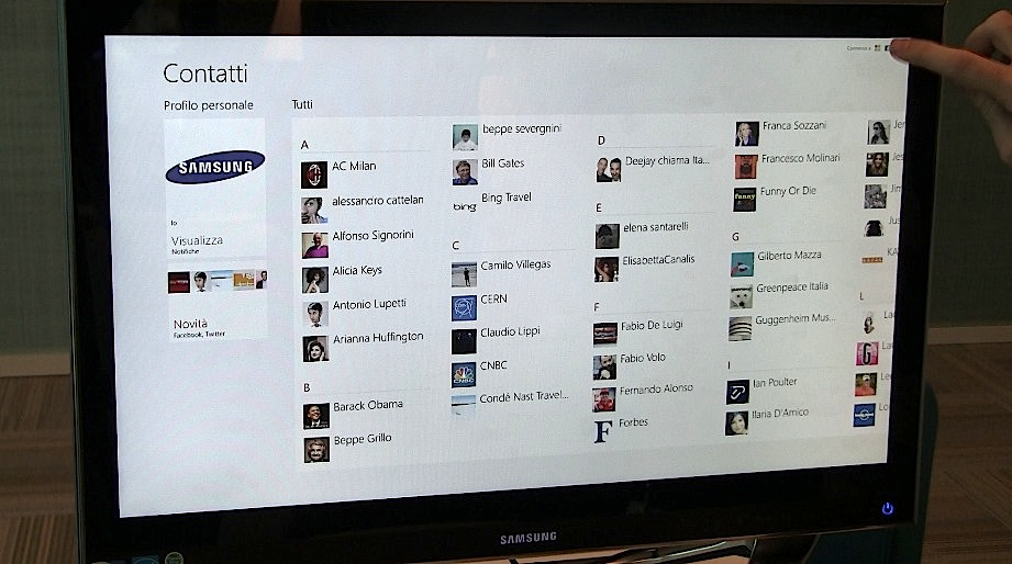 Facebook e Twitter sempre aggiornati, con il tocco di un dito
