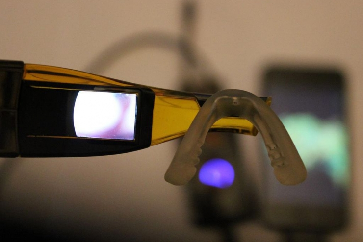 Occhiali Google Project Glass fai da te a 200 euro [VIDEO]