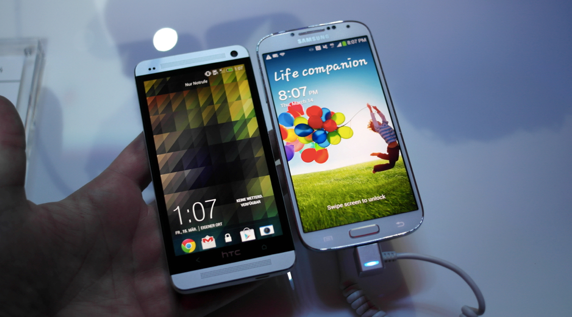 Hands on su Samsung Galaxy S4 vs HTC One