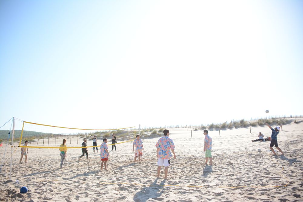 Partita beach volley sovraesposto